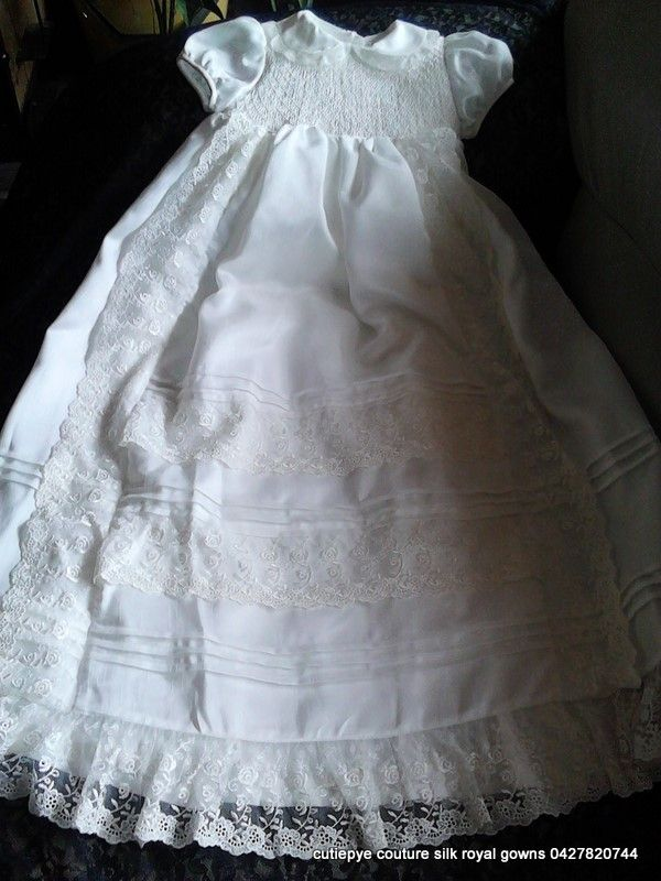 cutiepye royal silk gown $400  with lace fit for a princess limited eddition 0427820744