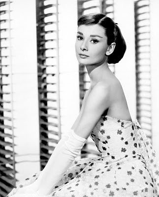 Audrey Hepburn: Fashion, Classic Beautiful, Audrey Hepburn, Style Icons, Audreyhepburn, Funny Faces, Beautiful People, Photo, Styleicon