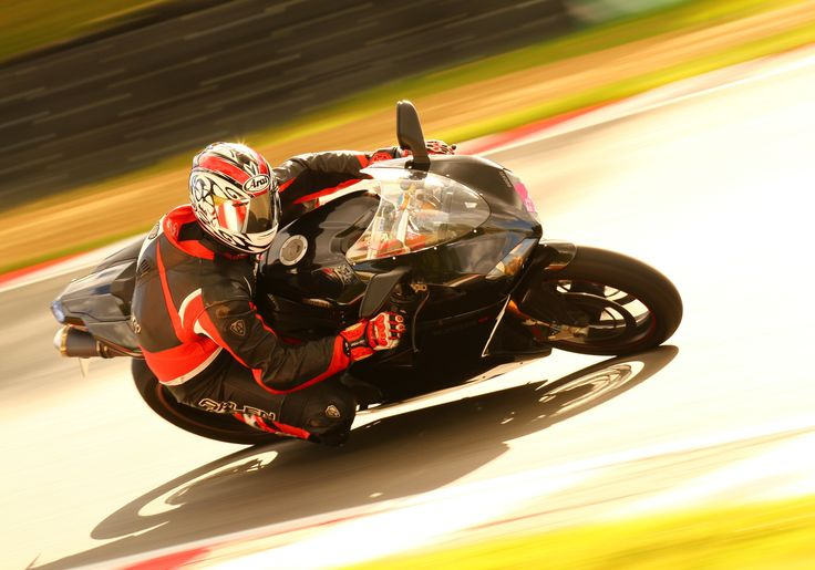 Headbehindthebubble - One of the best photos of the Ducati 1098s in the late afternoon sun