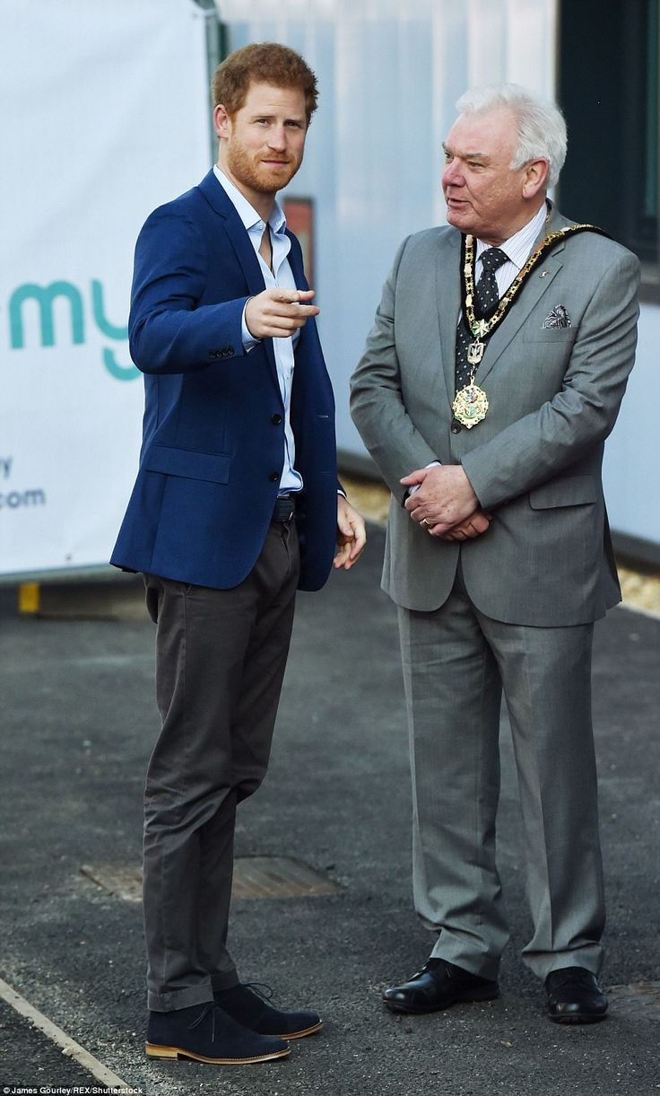 Prince Harry chats toJohn Hensley, the Mayor of Hillingdon, before officially opening the Global Academy