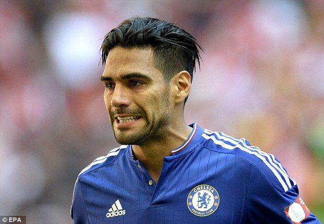 Radamel Falcao has taken a pay cut and joined Chelsea on loan for the coming season