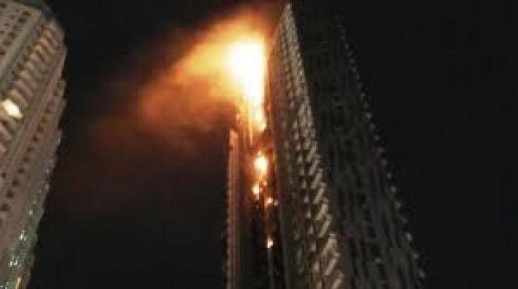508 Gedung Pencakar Langit di Jakarta Rawan Kebakaran  KONFRONTASI - Sebanyak 508 gedung dari total 867 gedung pencakar langit di Jakarta tidak memenuhi persyaratan keselamatan kebakaran. Sertifikat layak fungsi (SLF) surat pemberitahuan hingga peringatan telah dilakukan Pemprov DKI untuk meminimalisir terjadinya kebakaran.  Kepala Seksi Penindakan Dinas Penanggulangan Kebakaran dan Penyelamatan (DPKP) DKI Jakarta Eko Budianto mengatakan bahwa saat ini memang baru sebanyak 359 gedung saja…