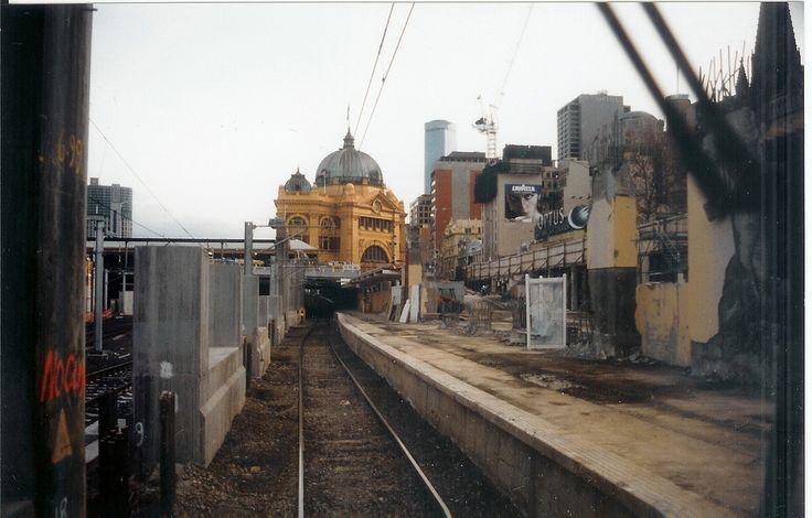 Princes Bridge stn Demolition 1998