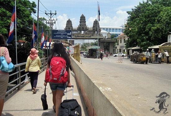 thai border to poipet border | Crossing Borders: Thailand to Cambodia via Aranyaprathet to Poipet Border