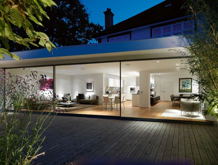 How a glass extension turned a traditional Thirties London terrace into an…
