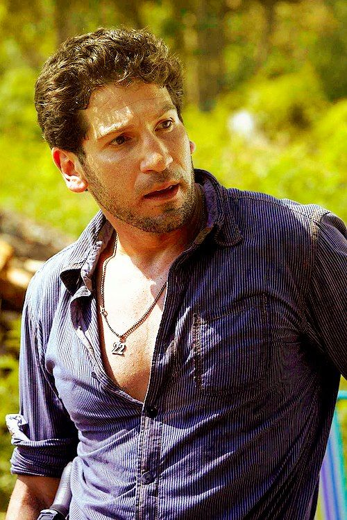 JON BERNTHAL AS SHANE WALSH ~ THIS MAN, THE REAL ONE & THE ONE HE PLAYS ON TELEVISION ... OH MY GOSH. YUM-MY !