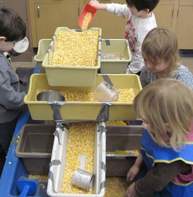 SAND AND WATER TABLES: MULTIPLE TRAYS=MORE PLAY. Interesting blog, Very good ideas and approach.