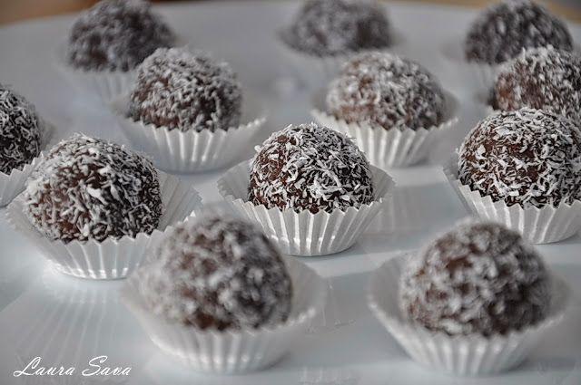 Bile de ciocolata cu nuca de cocos - Retete culinare cu Laura Sava | Retete culinare cu Laura Sava