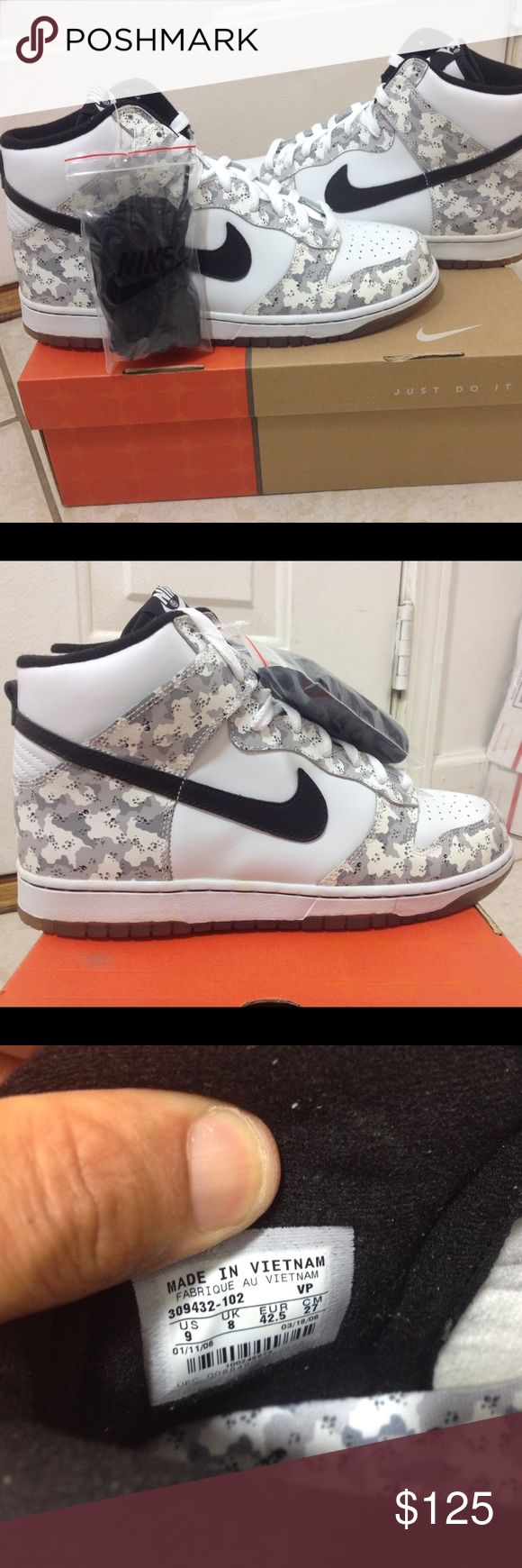RARE Nike Dunk Hi Arctic Snow Camo 2006 SOLD‼️ Priced to GO QUICK! ULTRA RARE 2006 DEADSTOCK Nike Dunk High Arctic Snow Camouflage size 9. A must have for any sneaker collector. Very hard to find in this size and condition! DON'T SLEEP ON THIS AND MISS OUT ADDING TO YOUR COLLECTION. Comes with original box and extra black laces. In Excellent shape for a shoe that's over 7 years old. 100% AUTHENTIC. only 3 pair of these on eBay, 2 in another country (both pair are over $200 and mine which is…
