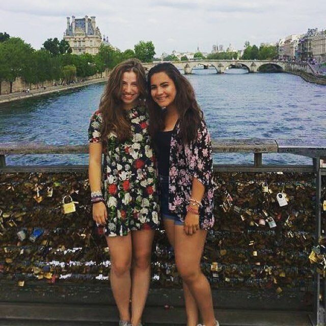 afscanada.org  Petit voyage entre amies en France ⠀ Quick trip with friends in France ⠀ #AFS #Europe #exchanegstudent #France #friendship #travel