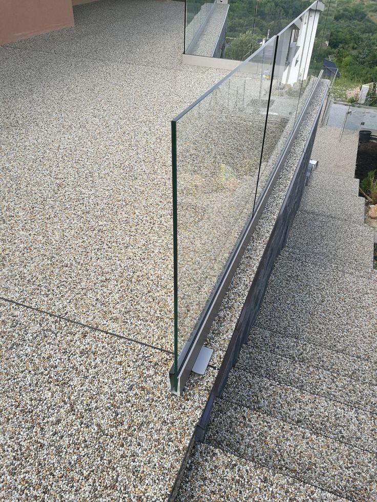 Kamenný koberec z prírodného kameniva frakcia 4/8mm. #art4you #artpodlahy #kamennýkoberec #kamiennydywan #naturestonecarpet