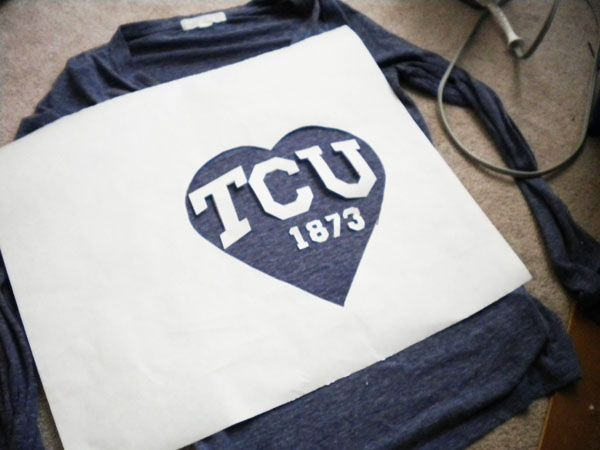 how to make your own screenprinted  college/high school/sports team  tee