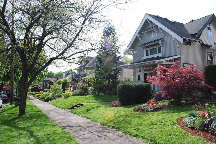 Stunning craftsman style homes in portland oregon 39 s ladd for Portland craftsman homes