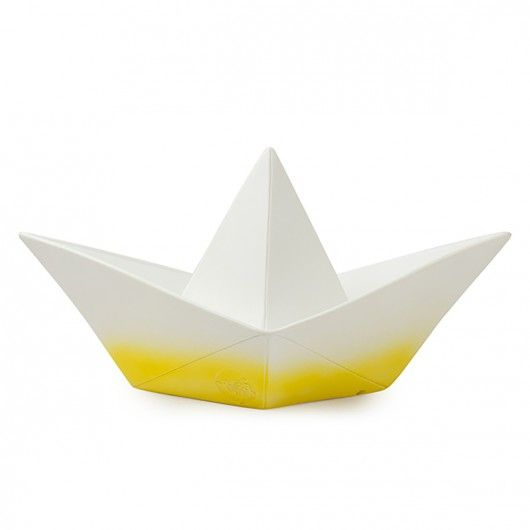 lampe origami bateau jaune du jaune pour r veiller la d co pinterest origami bateau. Black Bedroom Furniture Sets. Home Design Ideas