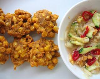Three Fat Ladies: Bolinhos de milho com molho agridoce