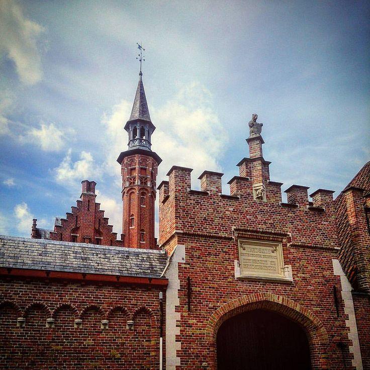 https://flic.kr/p/JxSS4u   #Relivingthemoments: Medieval Composition  (#Bruges,#2014) #Brugge,#westvlaanderen,#vlaanderen,#België,#europe,#2016,#Vignette,#normalfilter,#beentheredonethat,#Unesco  (BY: #KJVW 2014-2016)
