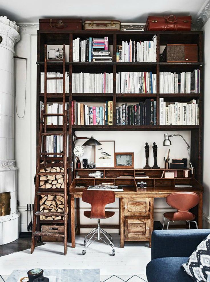 I am obsessive about creating beautiful home offices. Not surprising really seeing as it's not just me who works here in my pad, but also the whole AA head office team too! We've had to…