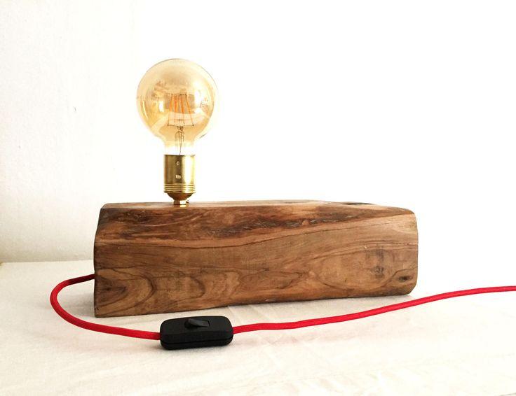 Lámpara de madera de olivo, viga de olivo, Bombilla filamento, Lámpara tronco de madera, Wooden lamp, Lámpara mesa, cable eléctrico textil de BEWOODbcn en Etsy