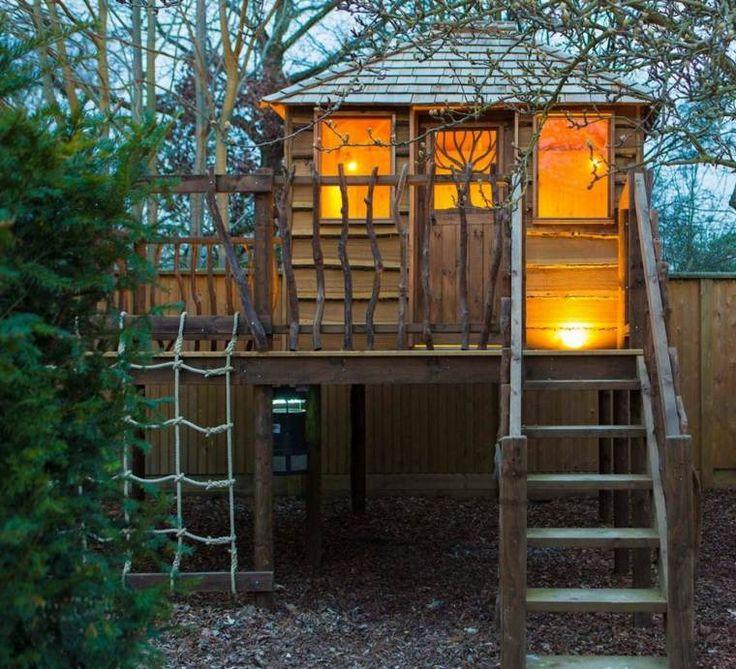 cabane de jardin pour enfant en bois : idées pour extérieur