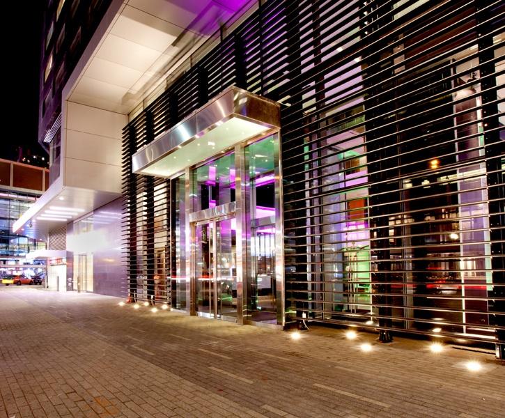 LEMAYMICHAUD | GERMAIN | Toronto | Maple Leaf Square | Architecture | Design | Hospitality | Hotel | Entrance | Exterior |