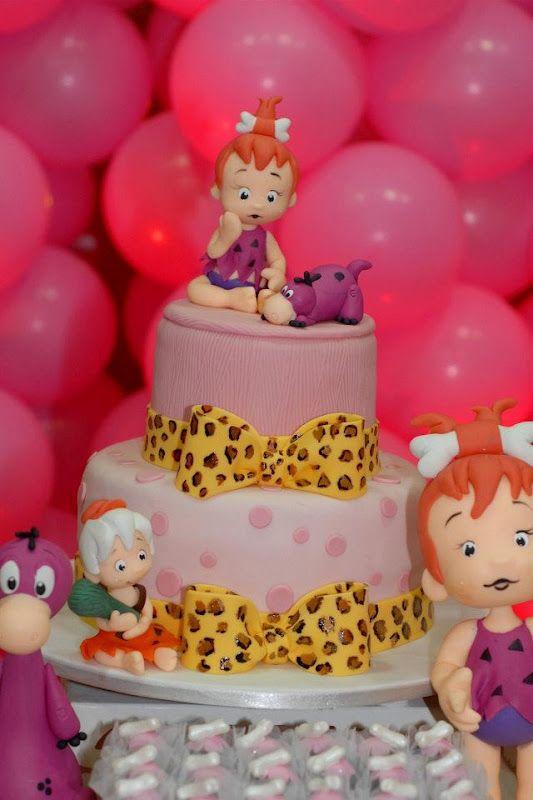 Quando comecei a produzir festas infantis, encontrei o blog do Festeggiare Bambini que se tornou uma das minhas referências na hora de mont...