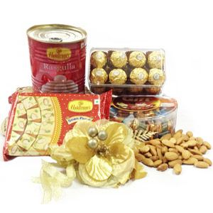 Rakhi Perfect Hamper Rs 3025/- http://www.tajonline.com/rakhi-gifts/product/r4575/rakhi-perfect-hamper/?aff=pint2014/