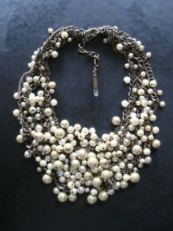 Fashion, Statement Necklaces, Pearls Necklaces, Style, Pearl Necklaces, Jewelry, Accessories, Bibs Necklaces, Chunky Necklaces