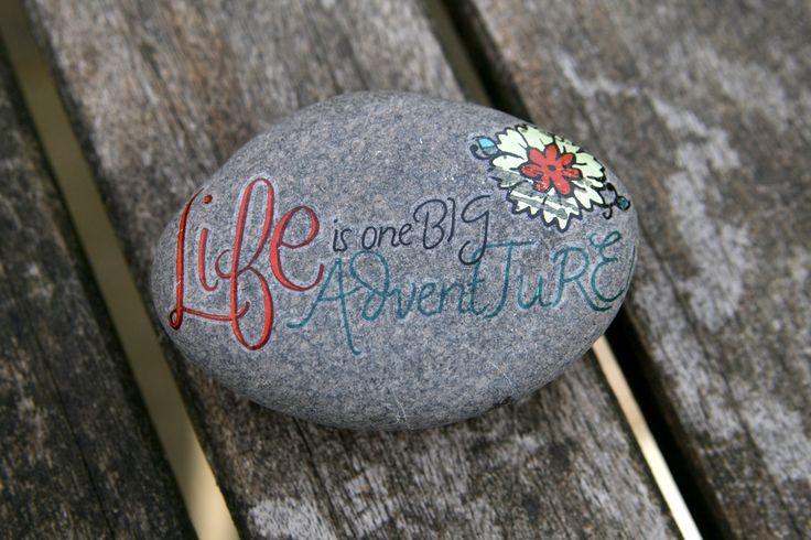 pretty rock art with quotes. flower garden idea.