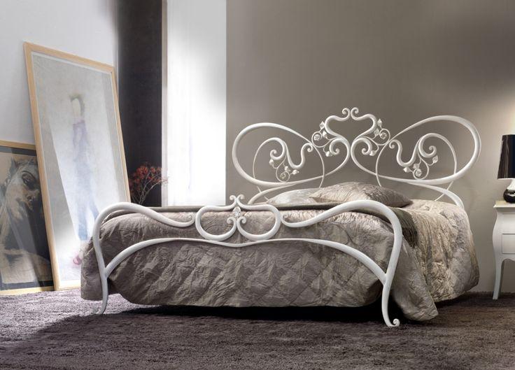 Cosatto #mobiliriccelli #riccelli #arredamento #mobili #arredo #furniture #bedroom #bed #camera #letto #indoor #interior #design #casa #home #madeinitaly #cameradaletto #cosatto #romantico #classico #ferrobattuto #woundediron