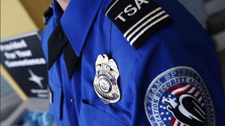 """Se você pretende viajar, principalmente com destino aos Estados Unidos, é muito importante conhecer todos os dispositivos de segurança existentes. Um dos mais importantes é a TSA, sigla que tem como significado """"Transportation Security Administration""""."""