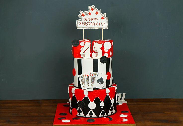 """Торт """"Мир покера""""  Любителям азартных игр посвящается! Оригинальное поздравление для мужчин, которые любят проводить время с интересом и азартом😃 Торт с картами🃏 и игральными кубиками🎲 станет незабываемым сюрпризом в праздничный вечер! Такой торт подарит бурю ярких эмоций не только имениннику, но и гостям торжества😉  С радостью изготовим торт как на фото от 3-х кг всего за 2850₽/кг. _________________ Опытные специалисты @abello.ru рады помочь с выбором не забываемого и натурального торта…"""