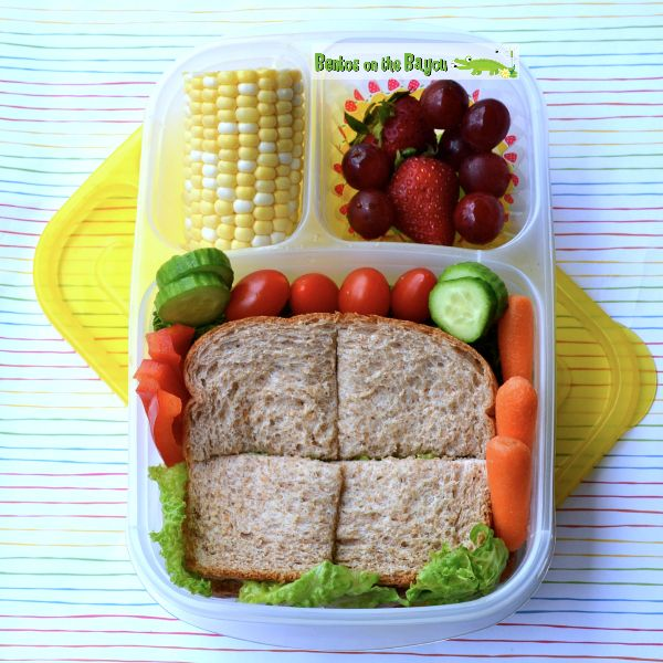 1000 ideas about vegetarian lunch boxes on pinterest vegetarian lunch lunch boxes and lunches. Black Bedroom Furniture Sets. Home Design Ideas