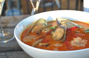New Zealand Greenlip Mussels in Thai red curry