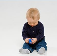 Activities to do with your 9 month old  -how did i not find this link before?! Going to start doing these