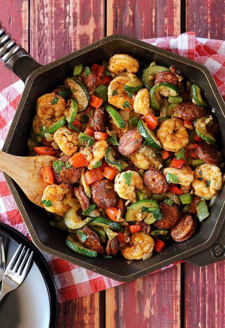 10. Shrimp and Sausage Skillet #greatist http://greatist.com/eat/whole-30-recipes-for-every-meal