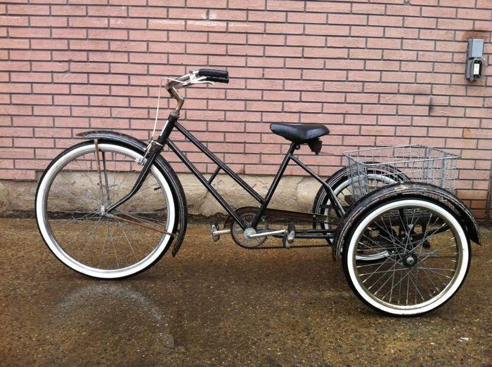трехколесный велосипед круизер - чоппер
