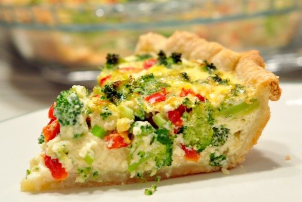 vegetarian quiche recipe with broccoli and red peppers