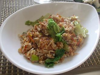 ツナとレタスの焼き飯:飲食店では教えてくれないナイショのレシピ