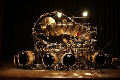 Drum Legend Terry Bozzio Presents a Solo Musical Performance on World´s Largest Tuned Drum and Percussion Set on Forthcoming North American Tour!