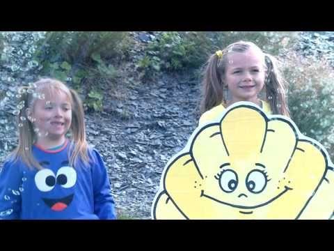 Míša Růžičková - Pod hladinou (Cvičíme s Míšou) - YouTube