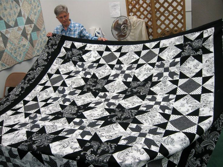 66 Best Images About Quilt In Black And White On Pinterest