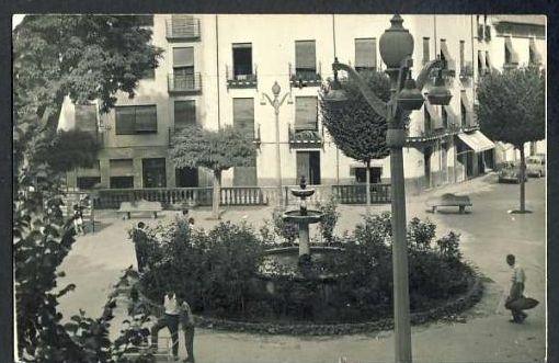 Plaza Mayor de Baza: lugar de fusilamiento durante la dictadura franquista, Granada, guerrilleros antifranquistas, Maquis