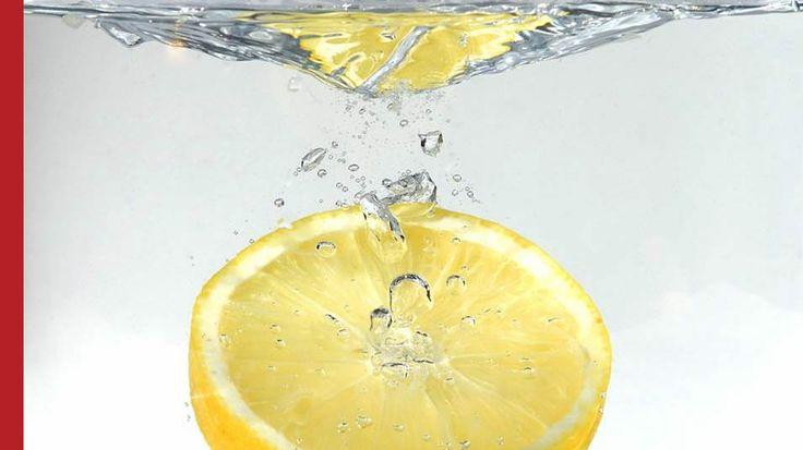 DIY • Zitronen Spülung für normales Haar