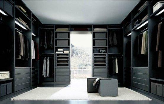 giant walk in closet..ummm YES PLEASE! @Michelle Bower :)