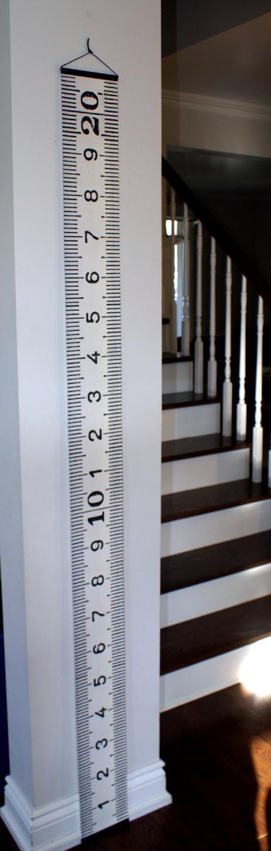 I want this!! L'échelle de croissance en centimètres pour enfants by KimsSister, $38.00