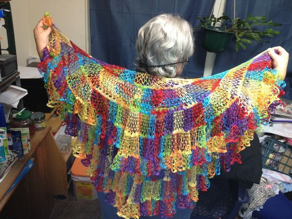 ruffle yarn -/ http://www.ravelry.com/patterns/library/kelp-forest-shawlette