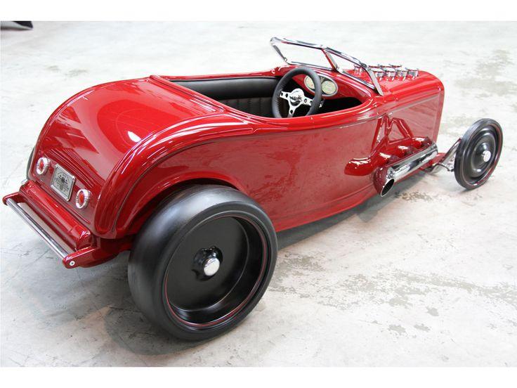 1932 Ford Custom Pedal Car by Fastlane Rod Shop | Amelia Island 2013 | RM AUCTIONS