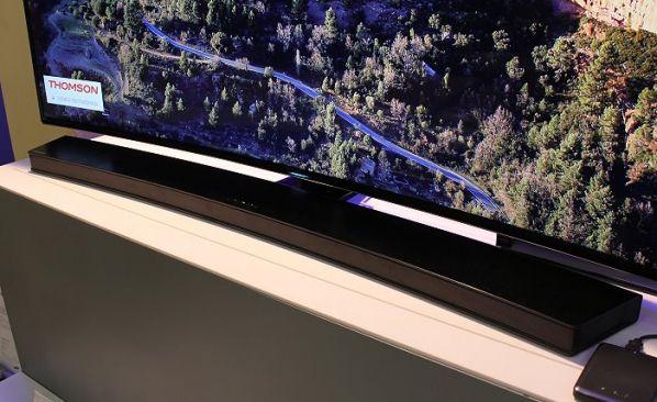Samsung HW-H7500 : Barre de son incurvée, Dolby Digital/DTS, Bluetooth...