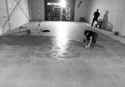 Tegelvloer inwassen