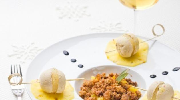 Sphères de foie gras, Ananas & Crumble Pain d\'épice {On prépare Noël #6 ◊ Idée Entrée}